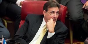 Eduardo Bhatia demandará a la Junta para lograr acceso al plan del presupuesto