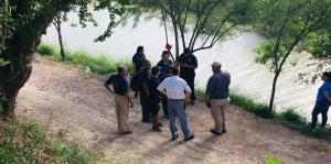 La muerte de un padre con su hija en la frontera mexicana ilustra los peligros para los migrantes