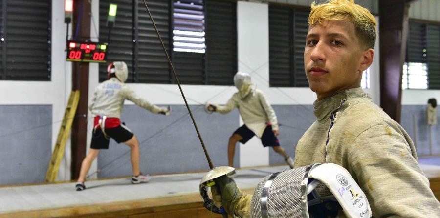 Emanuel Rosario, equipo de sable masculino de Puerto Rico. (GFR Media) (horizontal-x3)