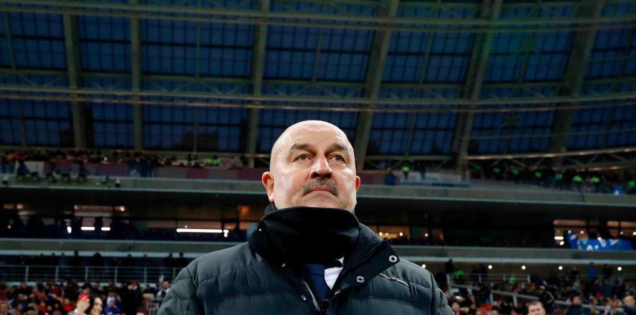 El entrenador de Rusia, Stanislav Cherchesov, ha tratado de renovar un equipo que tuvo uno de los mayores promedios de edad en la Euro de 2016. (horizontal-x3)