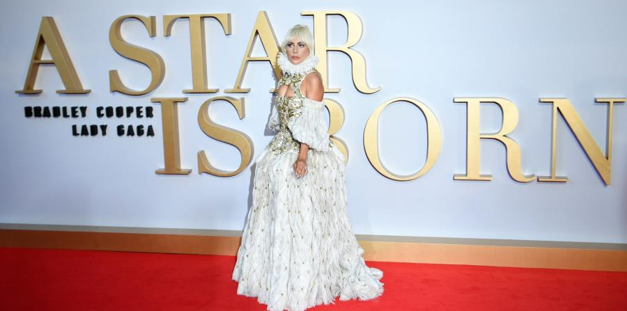 Lady Gaga llega a la premier de la película