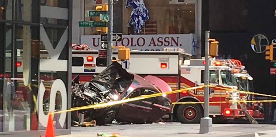 Acusan de asesinato al sospechoso de caos en Times Square (horizontal-x3)