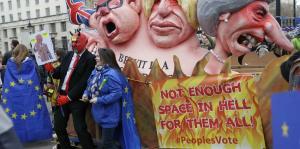 Británicos salen a la calle a reclamar otro referéndum para el Brexit
