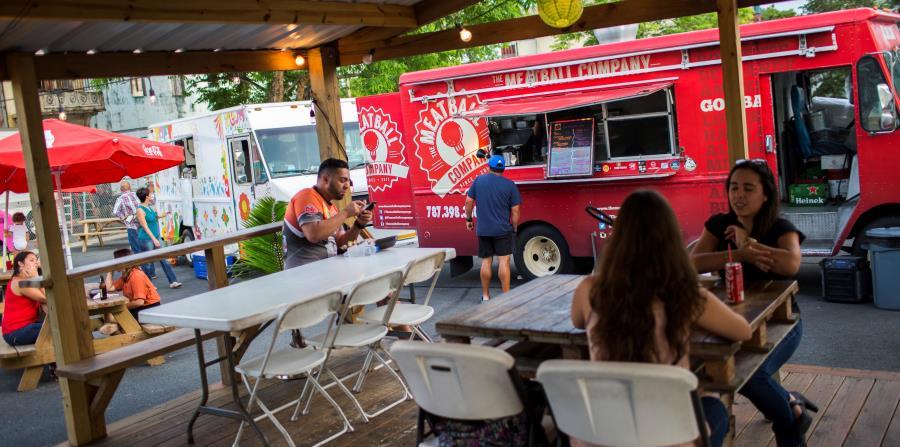 """Yareli Manning, de The Meatball Company, abrió un """"food truck park"""" en la isla luego de renunciar a su trabajo en una multinacional en Austin, Tejas. (horizontal-x3)"""