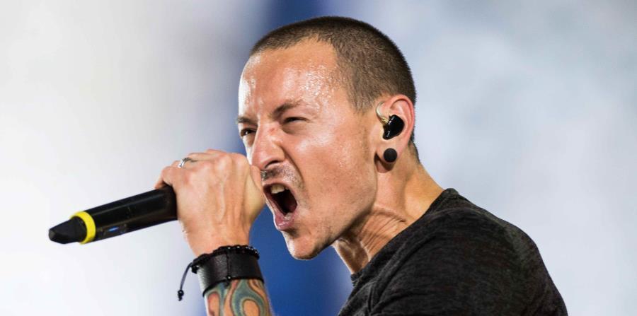 El pasado 20 de julio, el vocalista de la popular banda estadounidense Linkin Park, Chester Bennington, fue encontrado muerto en su hogar (horizontal-x3)