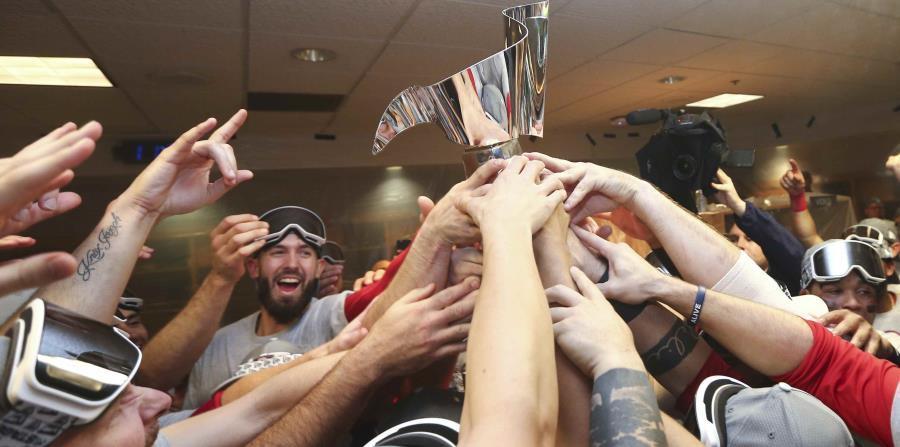 Alex Cora y sus Medias Rojas son los nuevos campeones de la Liga Americana