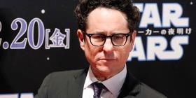 """El director de """"Star Wars"""" desata una guerra entre los fanáticos"""