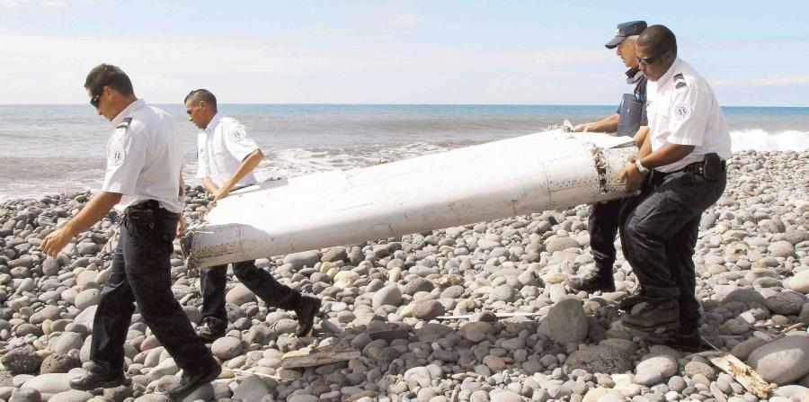 En el 2015 se encontró un resto del avión en la isla de La Reunión en Francia.  (EFE) (horizontal-x3)