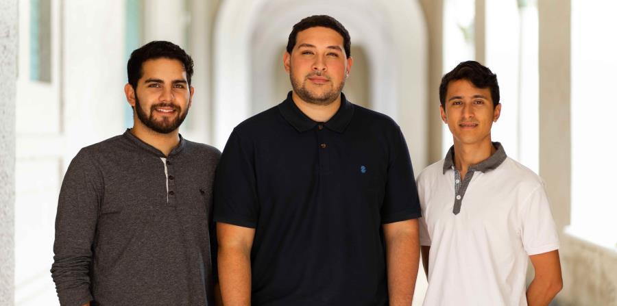Marcos Ortiz, Gabriel Rivera y Fernando Irizarry,  ganadores de la  competencia  Nemrut Volcano Eyes, en Turquía.  (horizontal-x3)