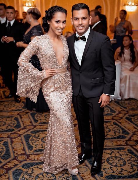Jeanaliz Fines Smith, junto a su padre Efraín Fines Nevárez, mejor conocido como Tito 'El Bambino'. (Suministrada) (vertical-x1)
