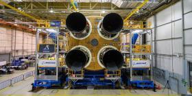 La NASA realiza pruebas del poderoso cohete que llevará al hombre a la Luna
