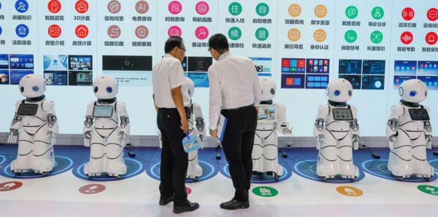 Japón usará robots en las escuelas para enseñar el idioma inglés (horizontal-x3)