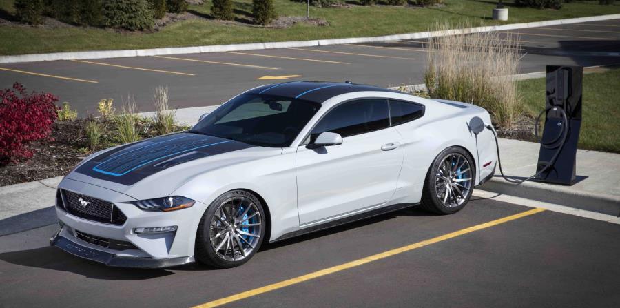 Ford Mustang Lithium (Suministrada)