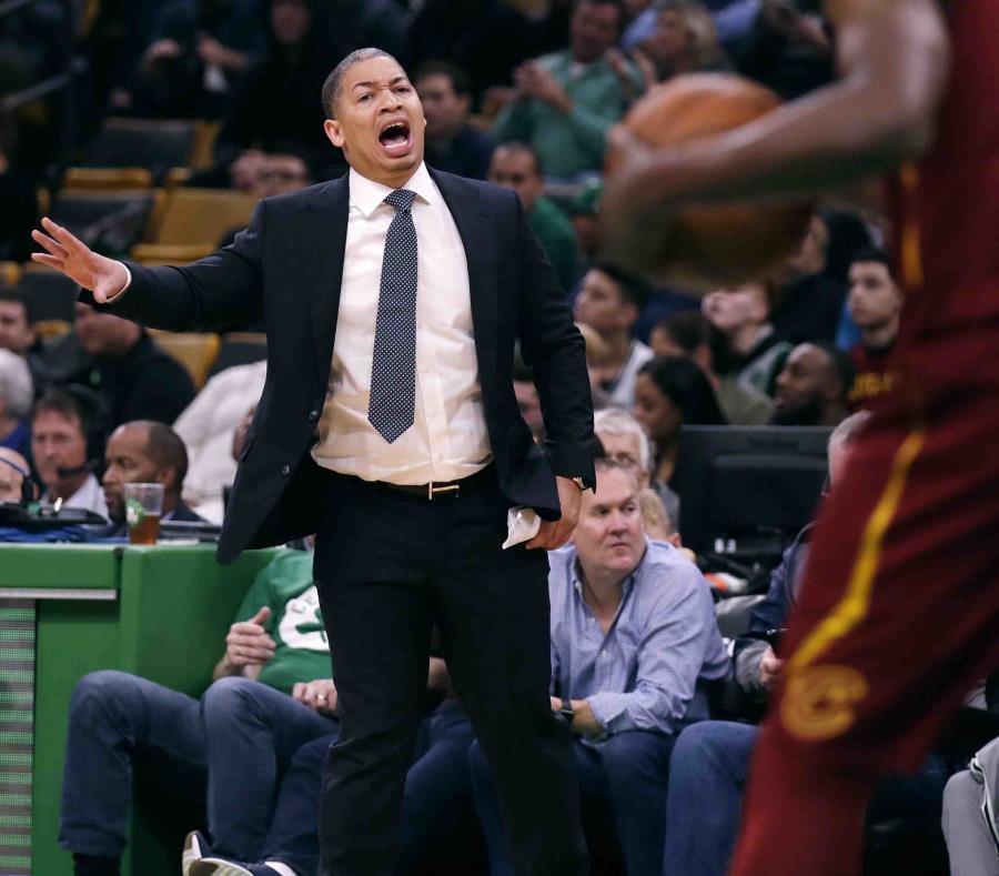 Cavaliers obtiene primera victoria sin su exestrella LeBron James