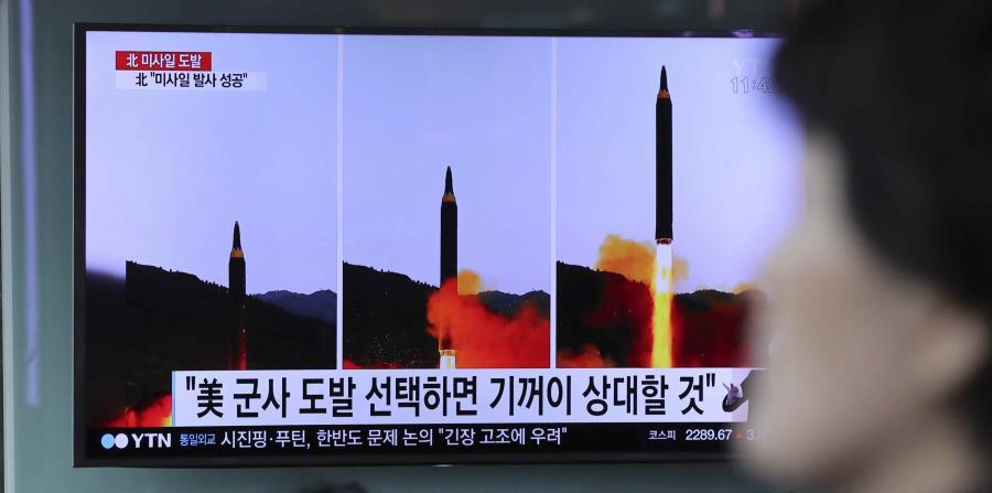 El último misil lanzado por el Ejército norcoreano, y que Pyongyang definió como un nuevo tipo de proyectil, mostró un excelente rendimiento, lo que supone un nuevo avance para Corea del Norte con vistas a desarrollar en el futuro un misil nuclear capaz d (horizontal-x3)