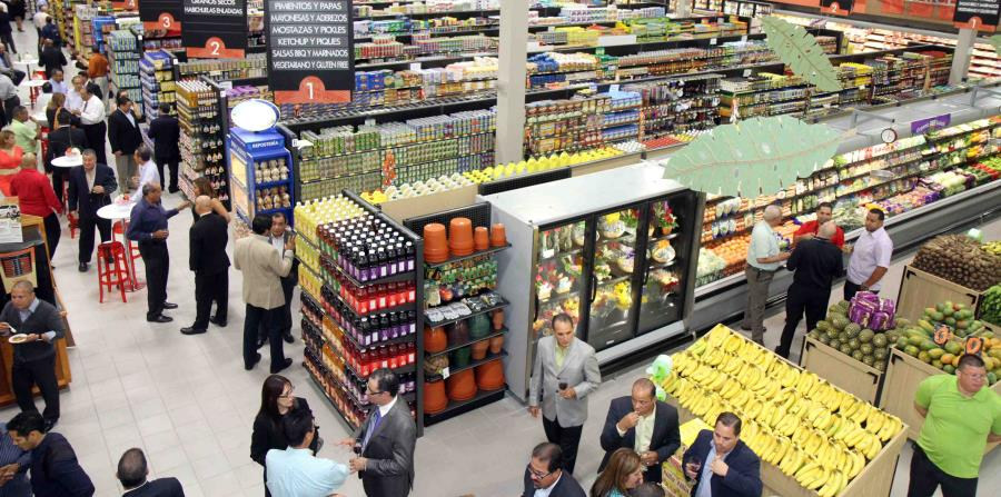 En la foto el interior de una de las tiendas de Selectos (horizontal-x3)