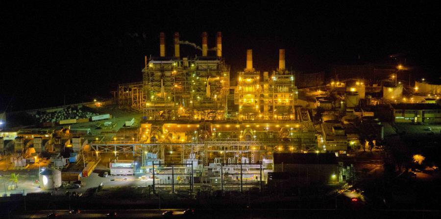 La Autoridad de Energía Eléctrica propone que algunas de sus plantas se muevan hacia la producción de energía por medio de gas natural. (horizontal-x3)