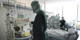 Crean centro de llamadas para canalizar ayudas a pacientes con COVID-19