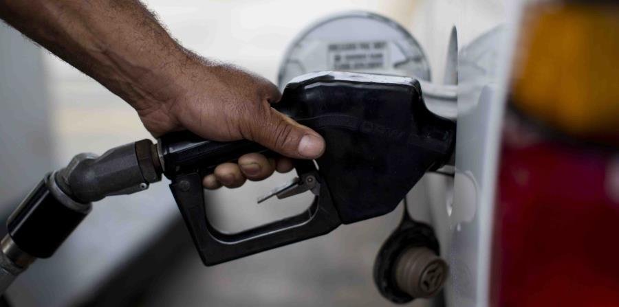 El aumento en el precio del barril de petróleo ha incidido en los incrementos del precio de la gasolina en la isla. (GFR Media) (horizontal-x3)