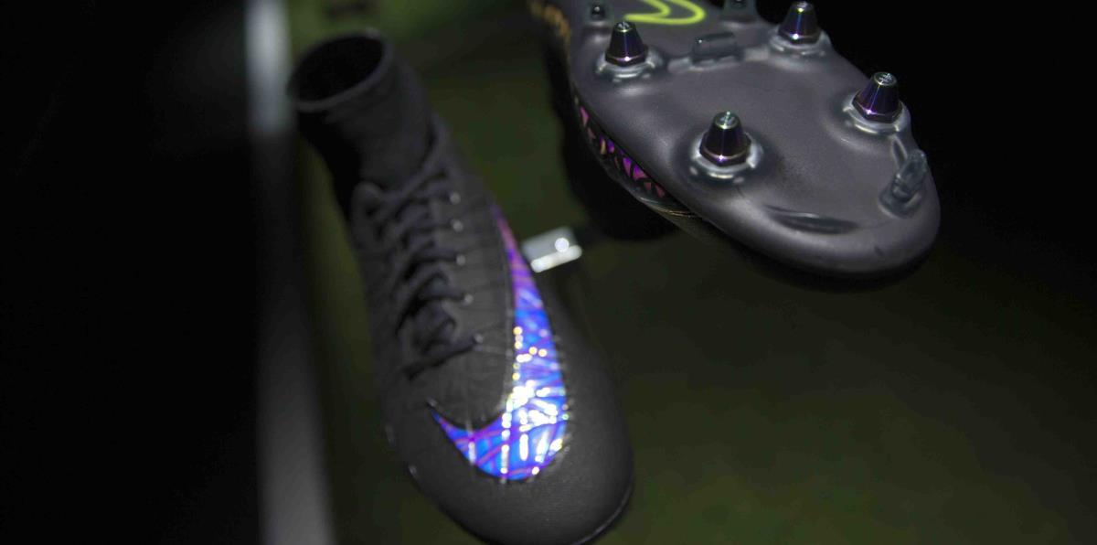 quality design 9b3be 4fd96 Nike presenta sus primeras tenis que se amarran solas | El Nuevo Día