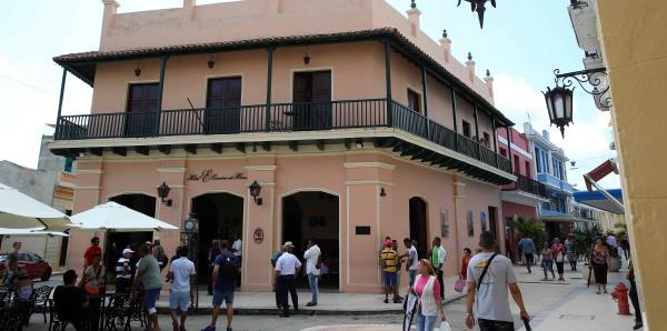 Cuba suma 4 millones de turistas este año y espera superar récord de 2017