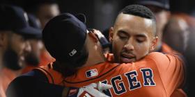 Carlos Correa pega dos jonrones en la victoria de los Astros