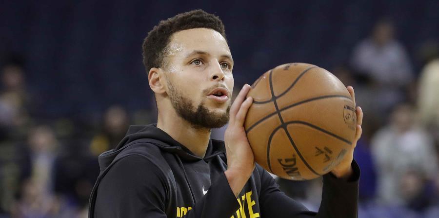 Curry, que eligió en segundo lugar, se decantó para el quinteto titular de su equipo por el escolta James Harden de los Rockets de Houston (2) y el alero griego Giannis Antetokounmpo (4), de los Bucks de Milwaukee, ambos máximos encestadores de la liga. (horizontal-x3)