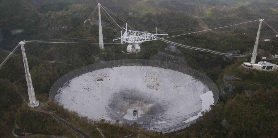Así lucía el Observatorio de Arecibo tras el paso del huracán María. (horizontal-x3)