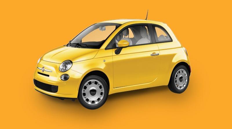 En los Fiat 500 Pop y Lounge, el motor Turbo MultiAir de 1.4 litros, turbocharged, con intercooler doble y escape deportivo, rinde 135 caballos de fuerza y 150 libras pie de torque, una cifra de potencia 34 caballos más que en el modelo anterior. (horizontal-x3)