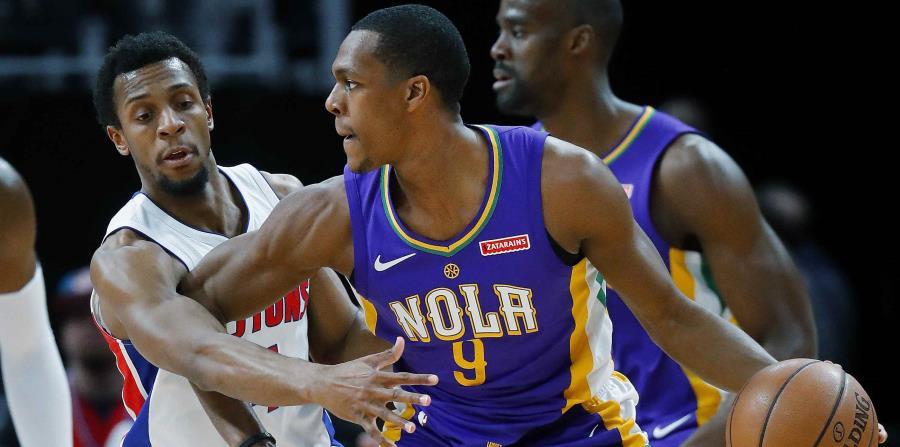 Rajon Rondo (con el balón) acumuló 8.2 asistencias por desafío durante la temporada regular con los Pelicans de Nueve Orleans. (AP / Paul Sancya) (horizontal-x3)