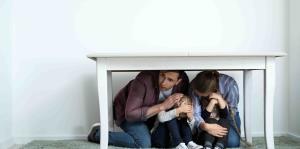 ¿Cómo proteger a los niños durante un terremoto?