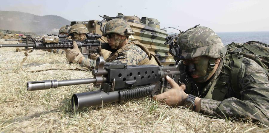 Militares estadounidenses mientas realizaban maniobras militares en Corea del Sur. (AP) (horizontal-x3)