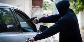 Agreden a un hombre de 61 años en medio de un carjacking en Puerto Nuevo