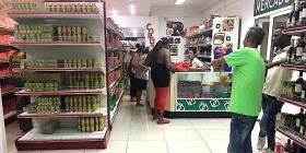 Cuba autoriza el uso del dólar en tiendas estatales