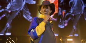 """Lil Nas X empata récord de """"Despacito"""" en Billboard"""