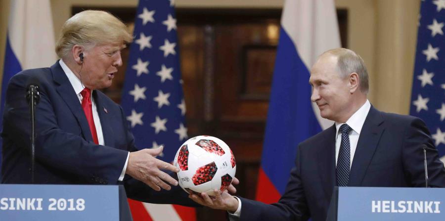 La portavoz de la Casa Blanca Sarah Sanders anunció que Trump hablaría el martes por la tarde sobre la reunión en Helsinki. (AP / Alexander Zemlianichenko) (horizontal-x3)