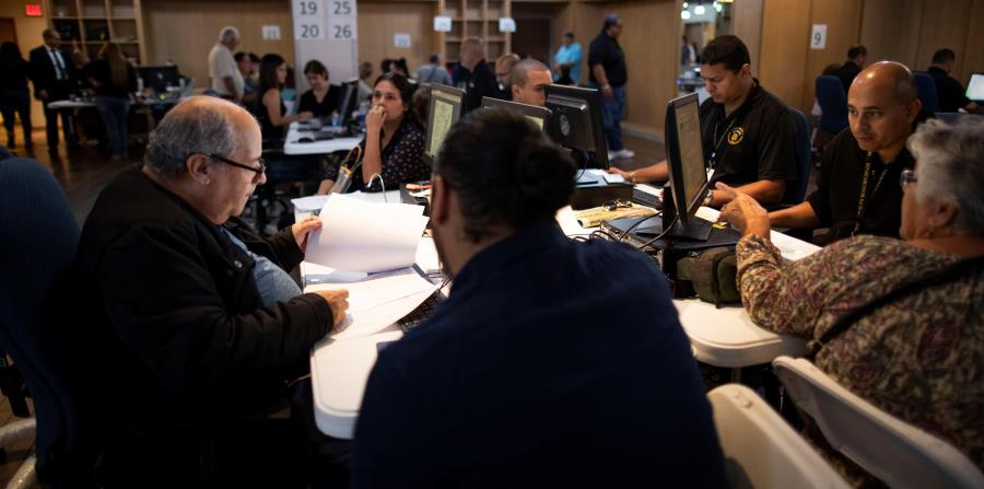 El secretario de Hacienda, Raúl Maldonado, esperaba temprano ayer la entrada de cerca de 100,000 planillas para sumarlas a las casi 750,000 que ya se habían sometido. (horizontal-x3)