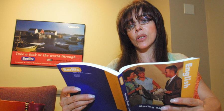 La actriz mexicana Verónica Castro (horizontal-x3)