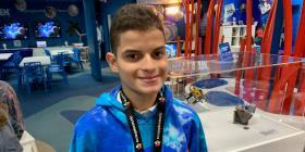 Joven con perlesía cerebral cumple su sueño de ir a la NASA