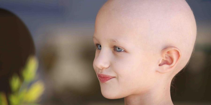 Niño con cáncer (horizontal-x3)