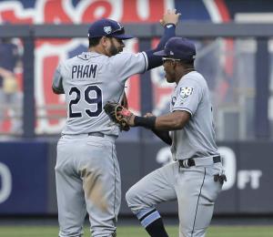 Rays ganan la serie a los Yankees