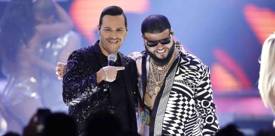 Duras críticas contra la canción de Víctor Manuelle con Farruko (horizontal-x3)
