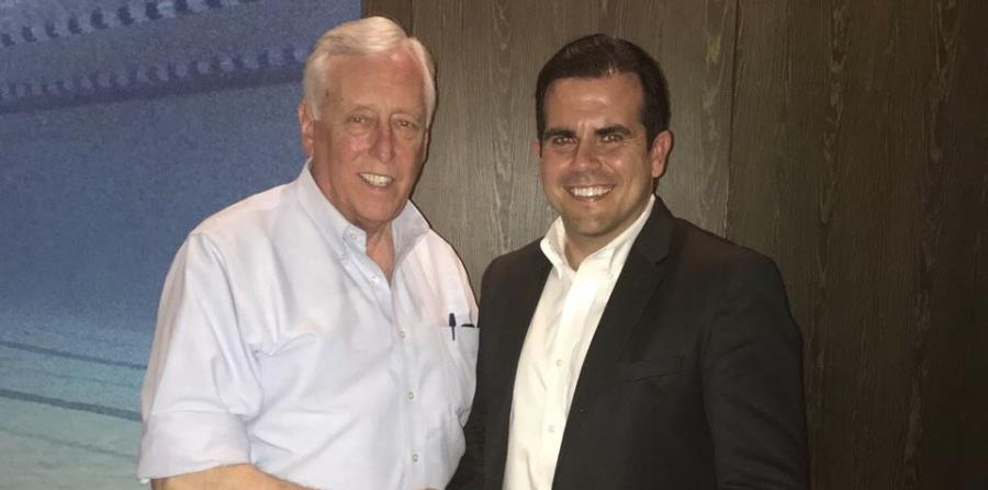 El gobernador Ricardo Rosselló se reúne con el congresista Steny Hoyer (horizontal-x3)
