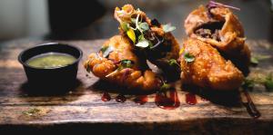 Novel comida infusionada en La Casita de Rones
