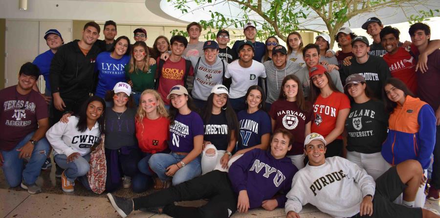 """Unos 38 estudiantes de Baldwin School, en Guaynabo se gradúan del currículo educativo conocido como """"Programa de Diploma del Bachillerato Internacional"""". (Suministrada) (horizontal-x3)"""