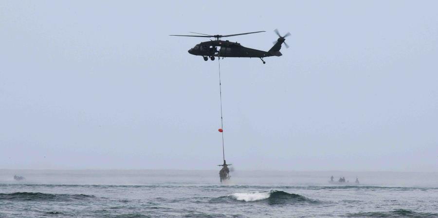 El helicóptero Super Puma AS32C que utiliza la corporación pública actualmente requiere reparaciones. (horizontal-x3)
