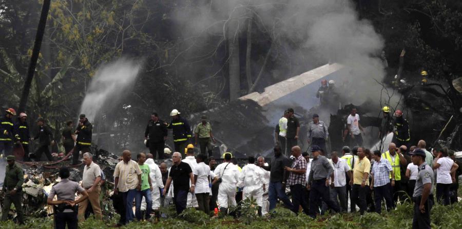 En el accidente del Boeing 737-200 rentado por la empresa estatal Cubana de Aviación a una empresa mexicana, murieron 112 de sus 113 ocupantes, 110 de ellos en el acto. (AP / Enrique de la Osa) (horizontal-x3)