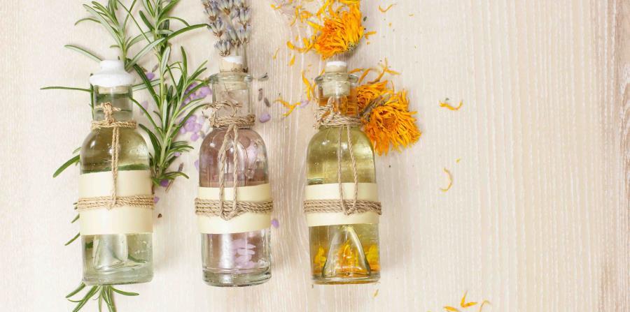 Hay distintas aromas como los cítricos, amaderados, frutados, dulces o florados. (GFR Media) (horizontal-x3)