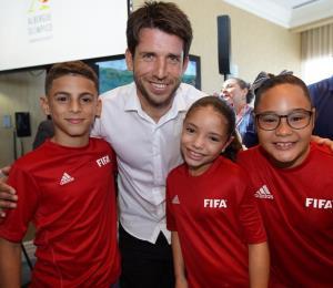 La FIFA y el Departamento de Educación lanzan iniciativa para impactar escuelas