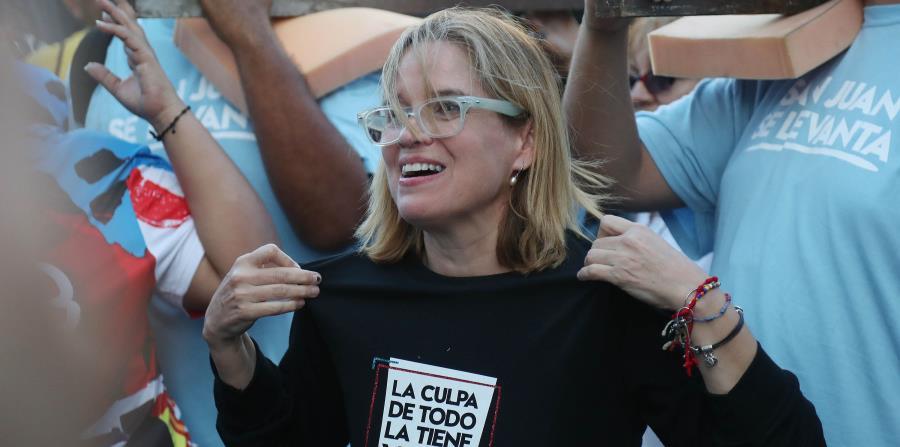 La alcaldesa Carmen Yulín Cruz durante las Fiestas de la Calle San Sebastián a mediados de enero. (horizontal-x3)